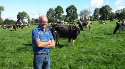 EU dairy farmer numbers continue to decline