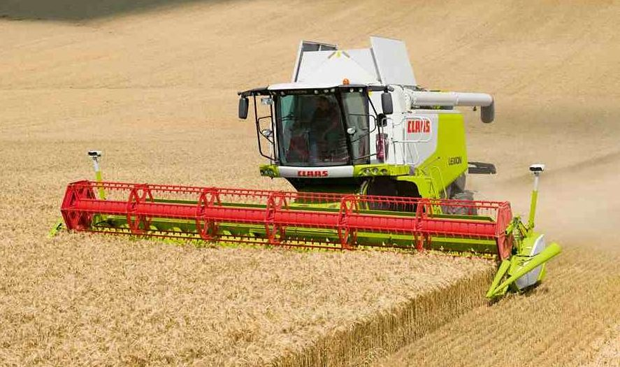 New models and driver assistance aids for 2014 Claas combines