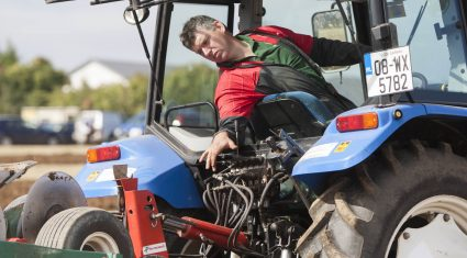 Tight competition in ploughing finals