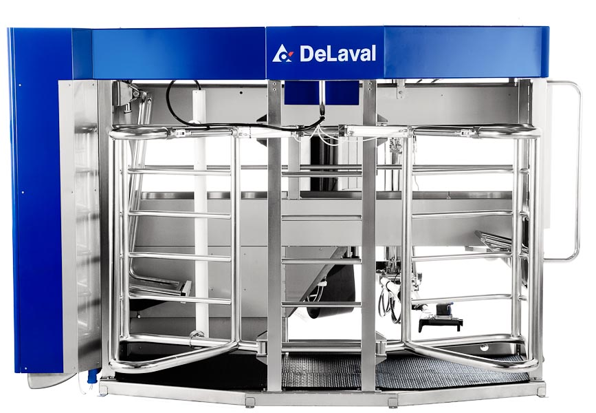 Robotic Milking sales reach 10,000 for DeLaval