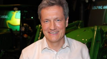 Banks left agriculture in the lurch, John Deere president