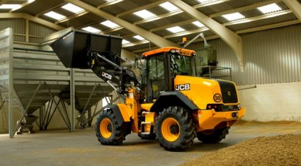 JCB plans to wow at LAMMA show