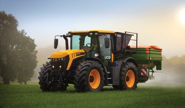 JCB Fastrac previewed at Agritechnica