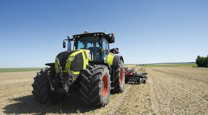 CLAAS celebrate 10 years in the tractor business