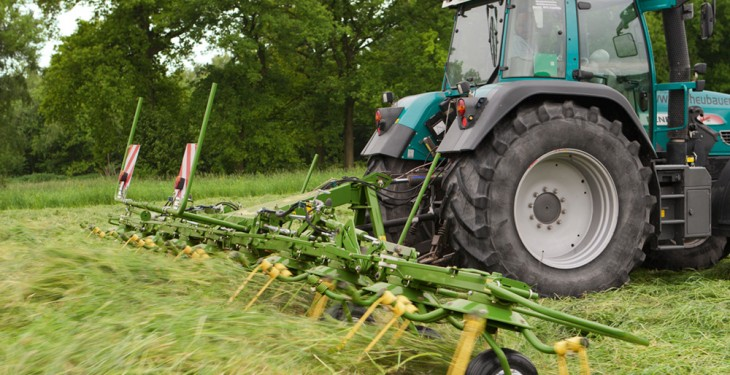 Krone updates its tedder line up