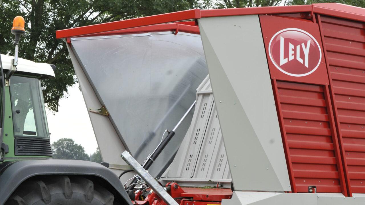 Lely expands wagon range with Tigo PR