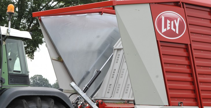 Lely expands wagon range with Tigo PR