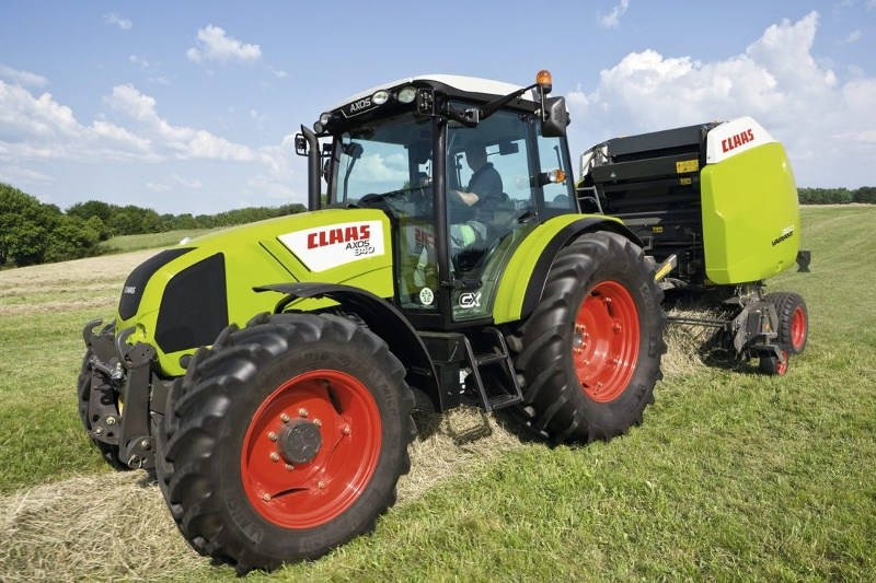 Claas builds its 100,000th tractor