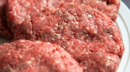 US government forecasts its beef imports will fall in 2016