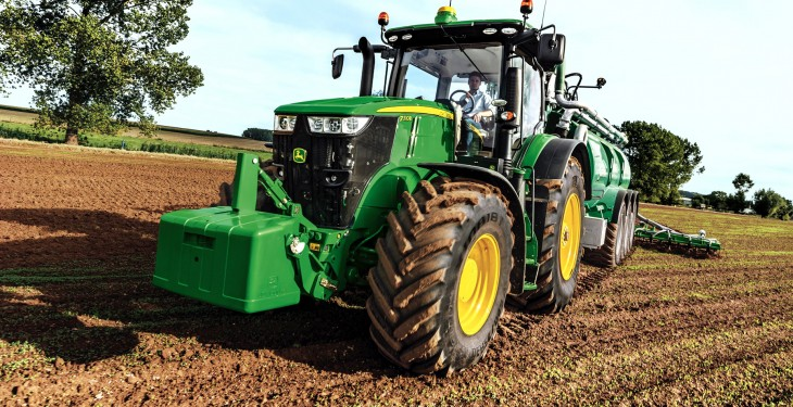 New John Deere 7310R tractor makes its debut at Cereals 2014