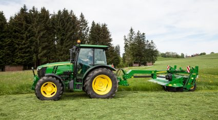 Mowers at the ready, as temperatures to hit 20C