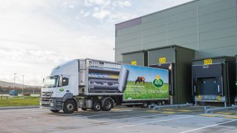 Arla holds milk price for August supplies