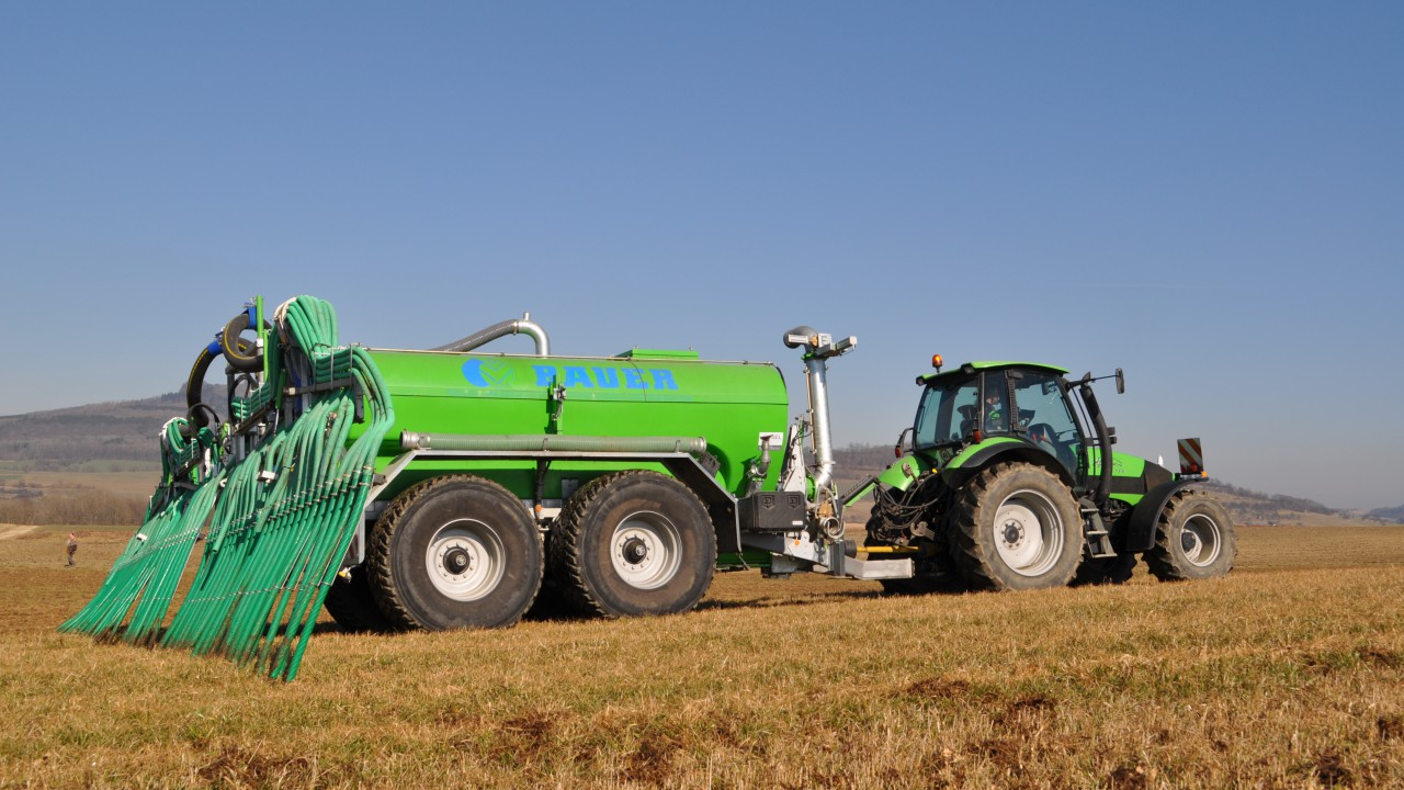 Direct sales approach makes Bauer slurry tankers more attractive