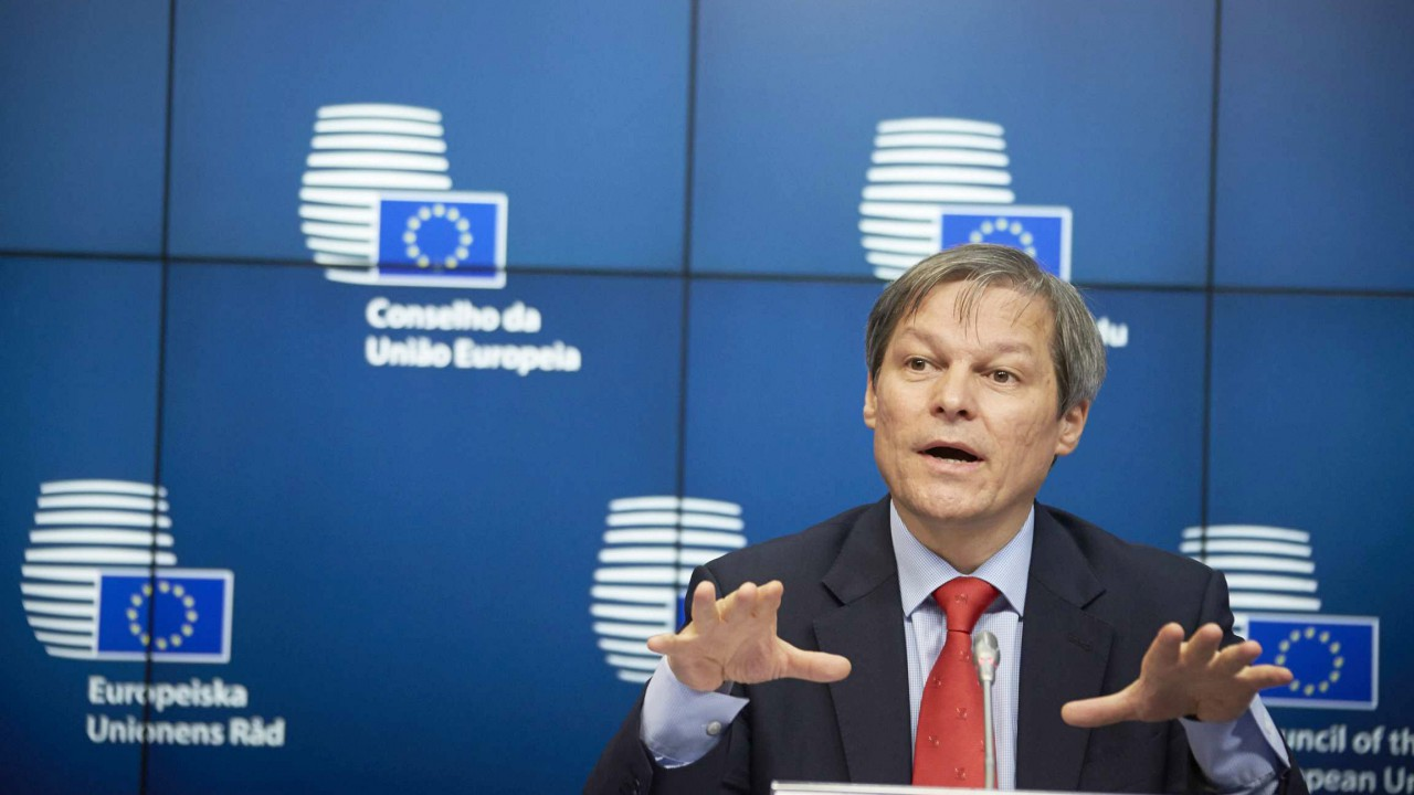 Butterfat change would benefit some at expense of others, says Ciolos