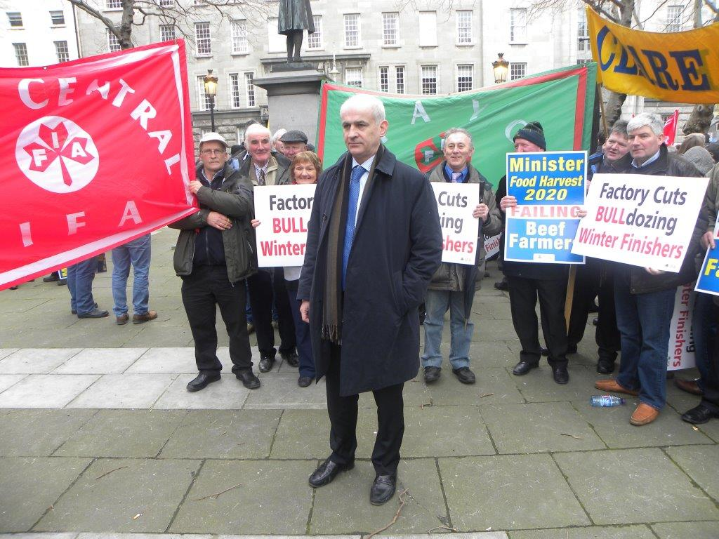 IFA President Eddie Downey did not have the full support of IFA members behind him at last night's meeting, unlike earlier at this protest.