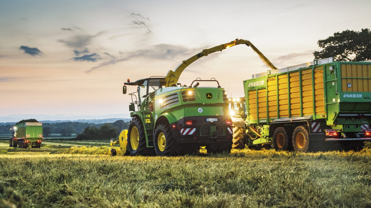 John Deere introduces next generation of self-propelled foragers