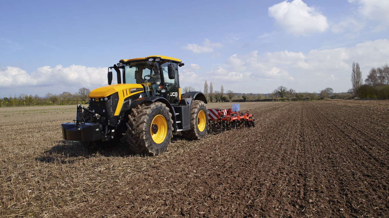JCB launches all-new Fastrac