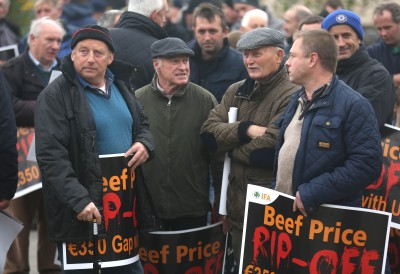 Farmers protest outside the Meadow Meats plant in Rathdowney Co Laois, as thousands of farmers nationwide assembled at 30 meat plants around the country in support of the IFA's 24-hour beef price protest.