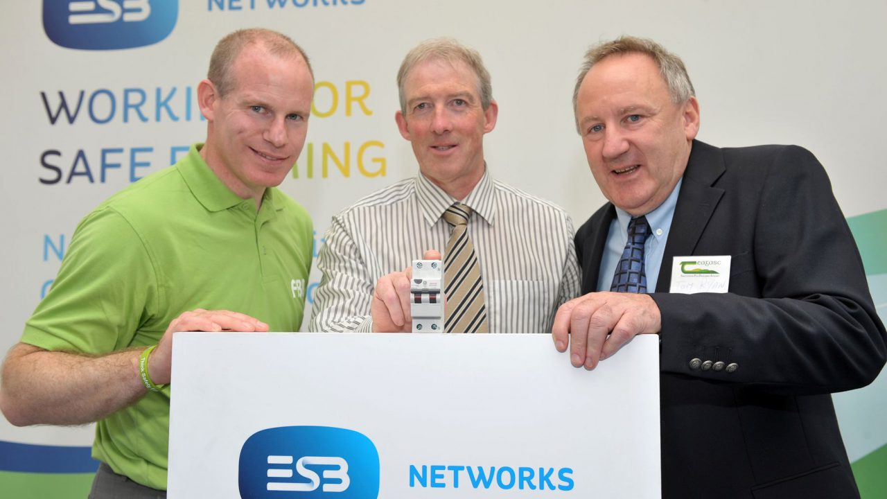 ESB networks urges farmers to be safe around electricity