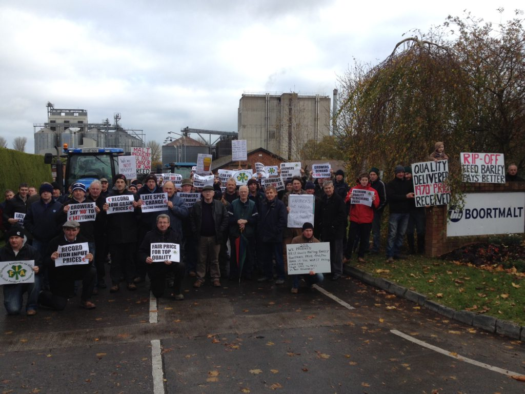 Malting Barley growers protesting at Boormalt.