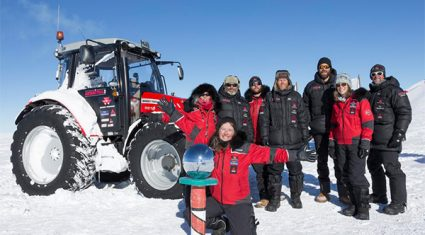Massey Ferguson team reaches South Pole in tractor tracks of Edmund Hillary