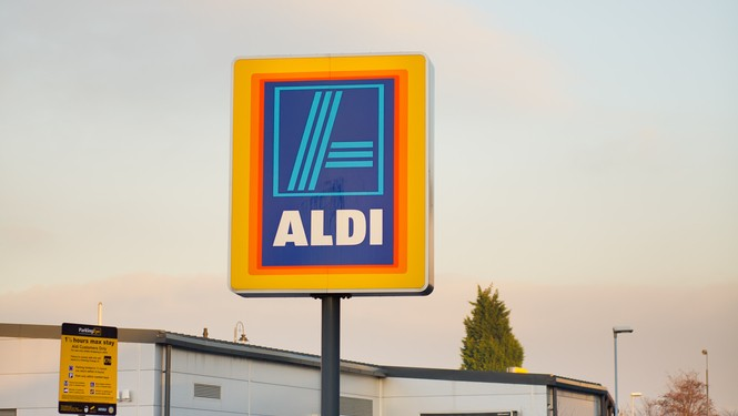 Aldi and Lidl gaining ground in British cheese market