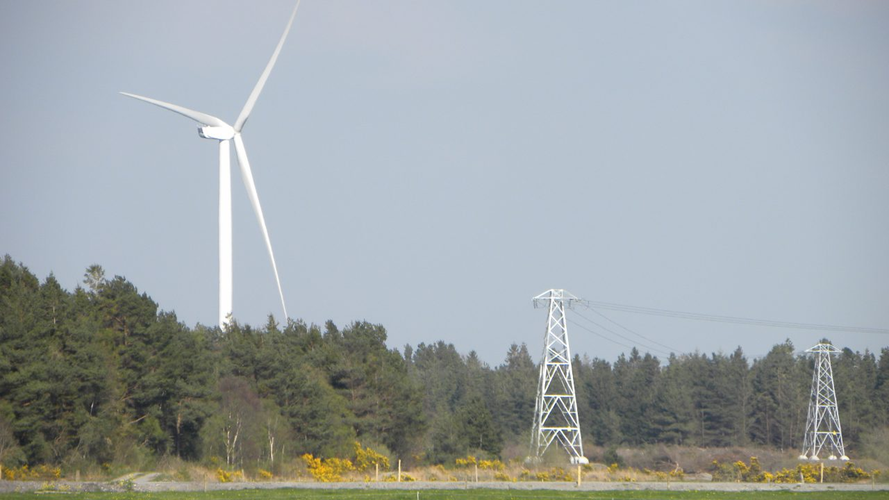 Overhead lines the favoured option for North-South Interconnection – Eirgrid