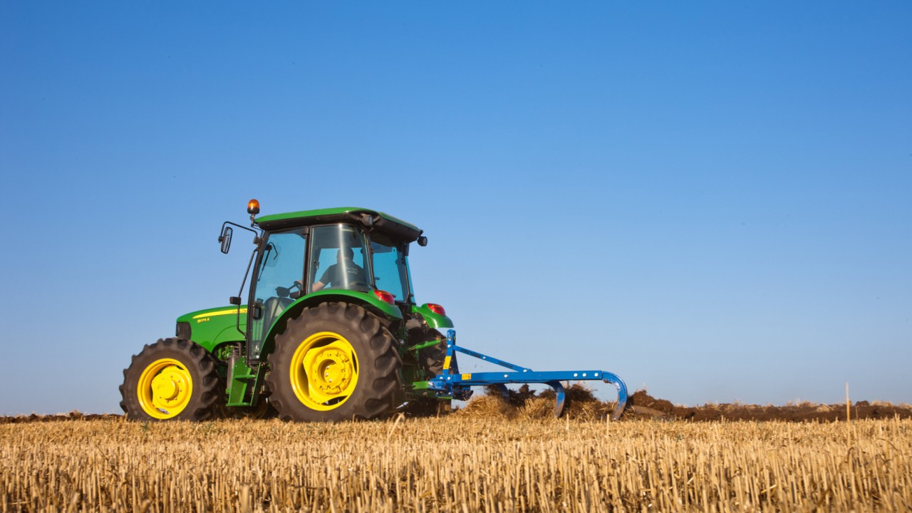 Licence to drive: US farmers may find John Deere still own (part of) the tractor