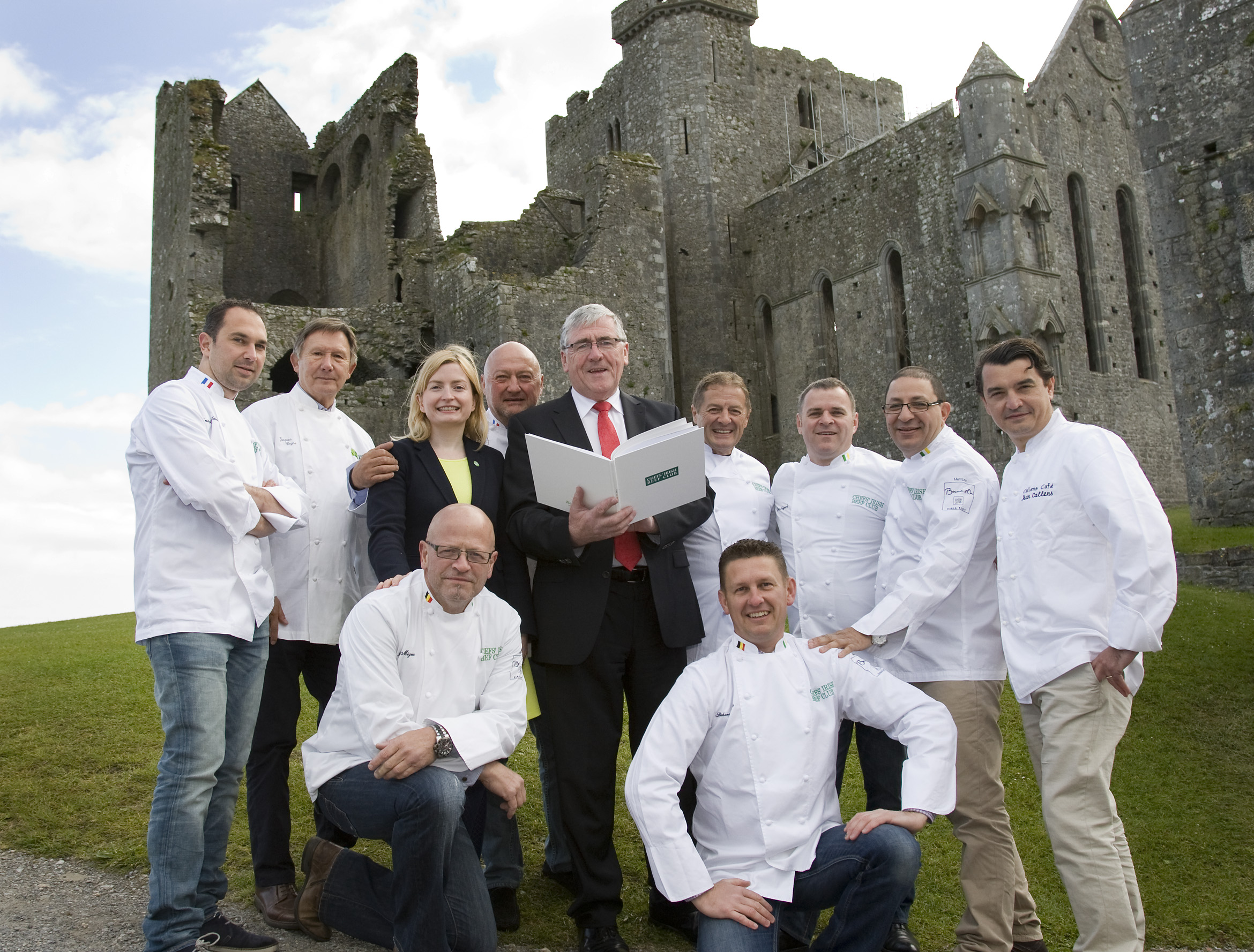 Pictured at the Rock of Cashel were Noreen Lanigan, Bord Bia's French Office Manager and Tom Hayes, Minister of State at the Department of Agriculture, Food and the Marine with the group of French and Belgian award winning and Michelin Starred chefs.