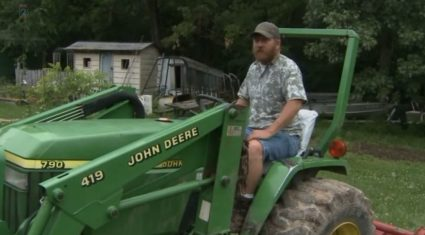 Farmer chases thief (successfully) on his John Deere tractor