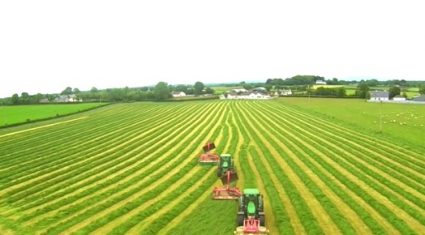 Video: Amazing footage of silage being cut in Ireland