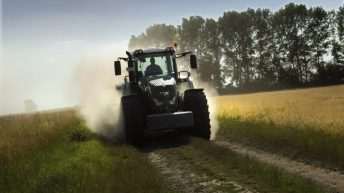 Dairy farmers drive sales of new tractors, despite allure of weak Sterling