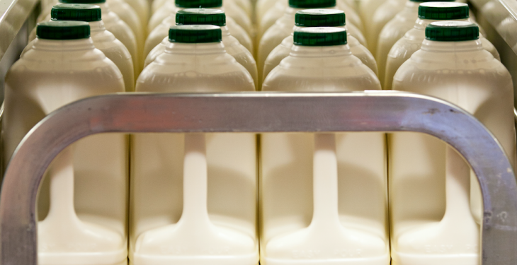 Dairy Crest cuts milk price as suppliers sign up to producer organisation