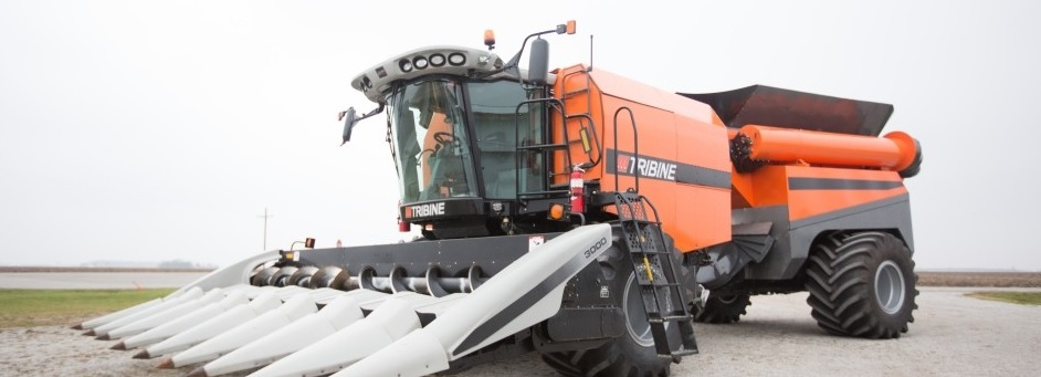 Monster machinery: Tribine combine with 27t chaser bin
