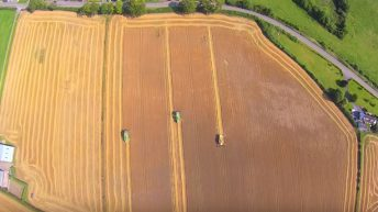 Video: Great footage of spring barley being harvested in Carlow