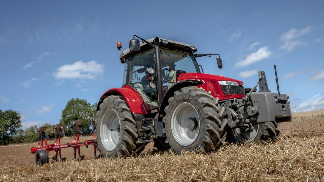 Massey Ferguson to introduce 130hp 5713 SL at Agritechnica