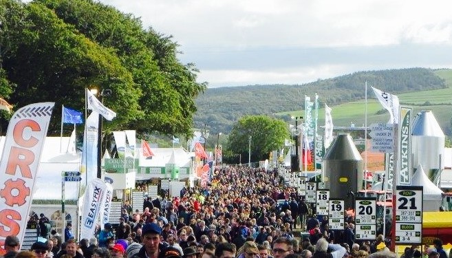 200,000-plus set to attend National Ploughing Championships