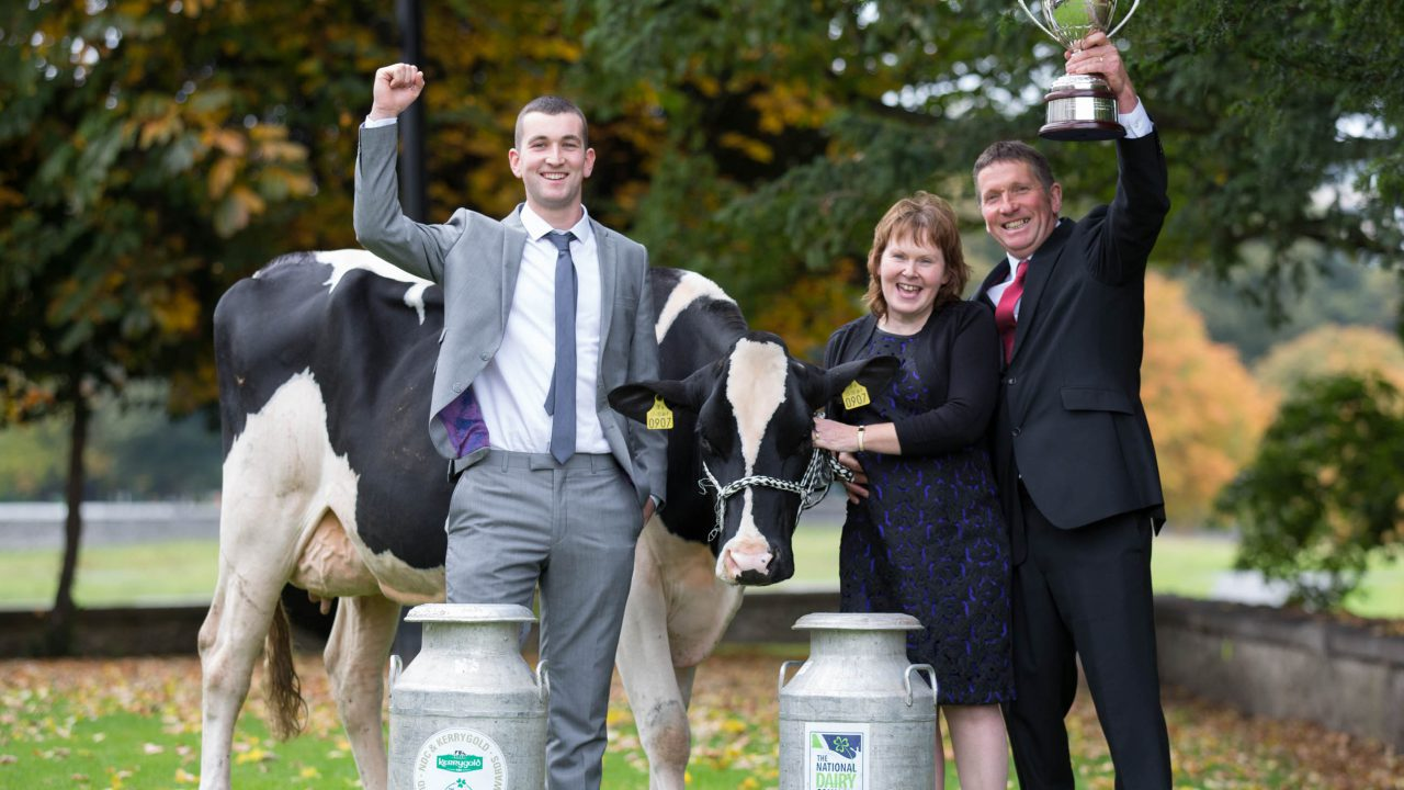 Cork farmers win National Quality Milk Award