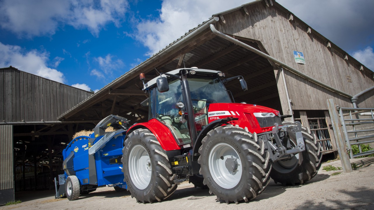 More pics and video of new Massey 5700 series