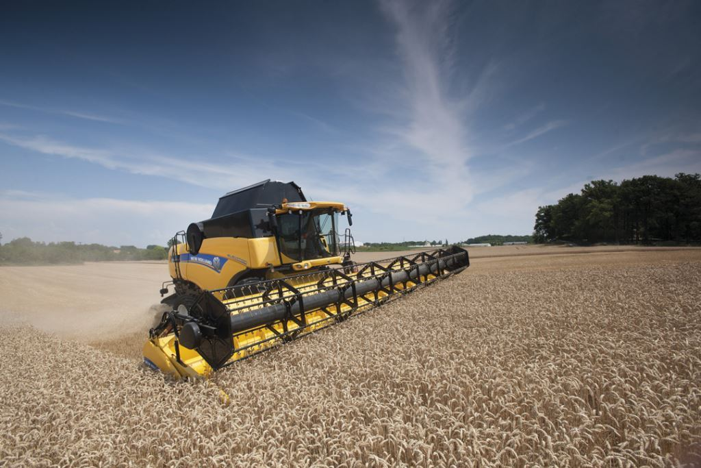 Pics: New tractors, combines and forage cruiser for New Holland at Agritechnica