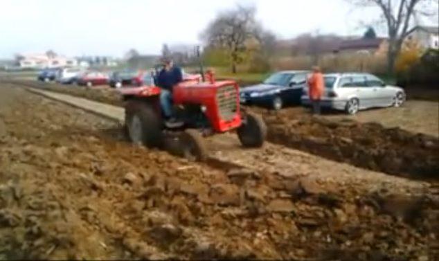 Video: Croatian farmer blocks cars in field by ploughing