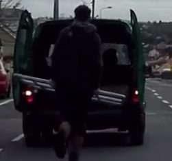 Video: This is how you move a gate in Co. Kerry!