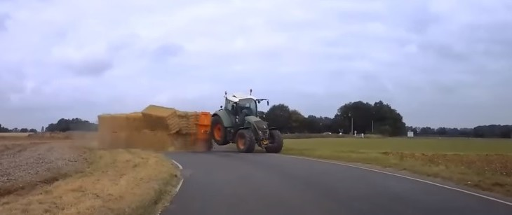 Video: How not to go around a corner with a trailer of bales