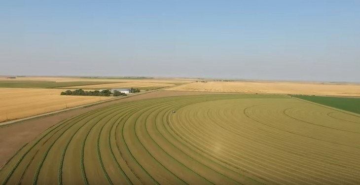 Video: Great footage of farming in the US on a huge scale