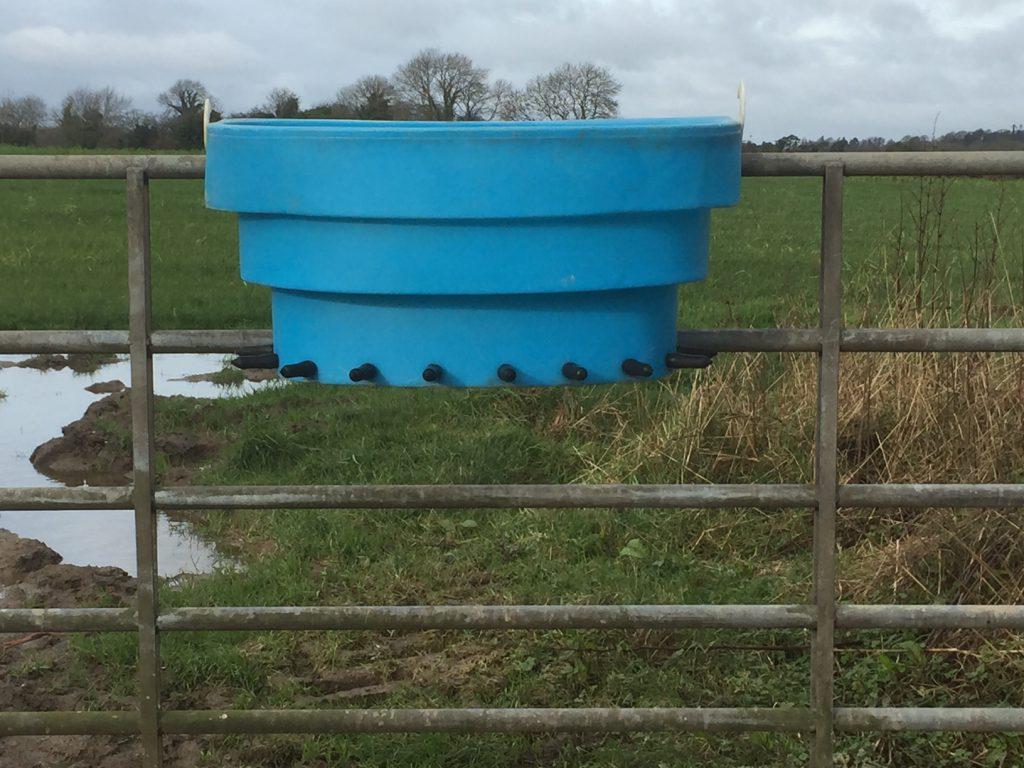 calf feeder