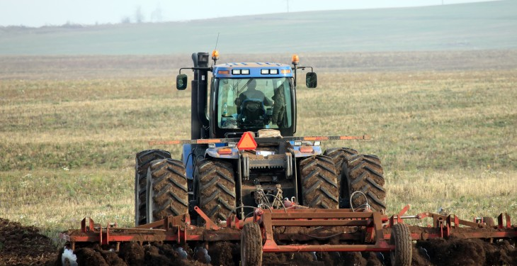 Want to work abroad? Canada is short 59,000 agricultural workers!