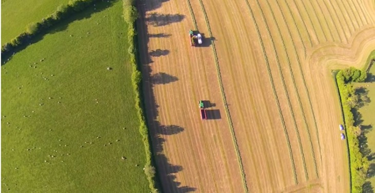 Video: Great drone footage of last year's silage being cut