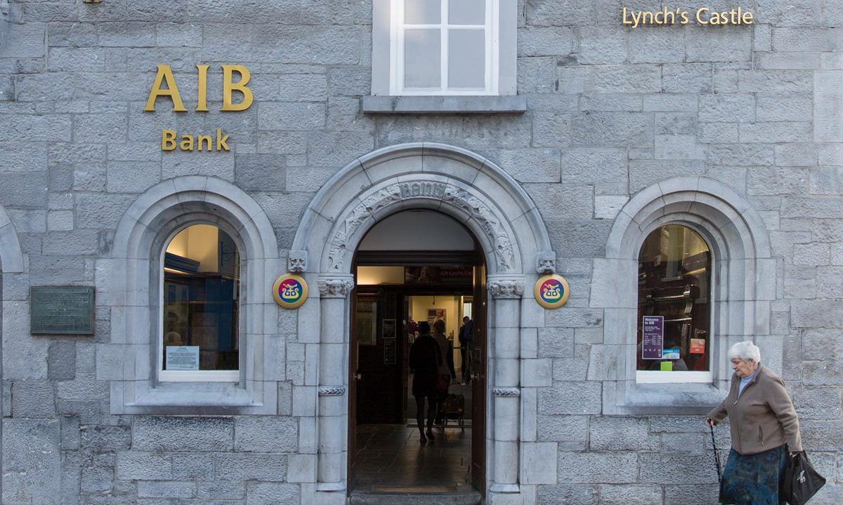 AIB chief agrees to meet IFA over loan concerns