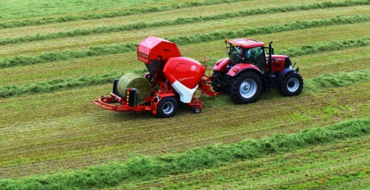 Lely demonstrates its latest baler wrapper combination at Grass and Muck