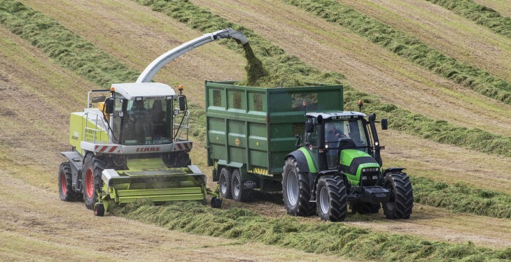 Video: How to keep an insatiably hungry harvester moving